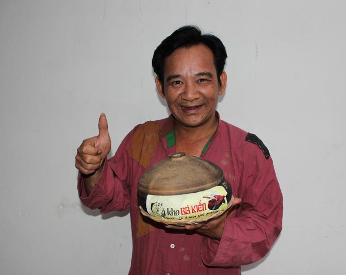 Nghệ sĩ Quang Tèo là đại sứ Thương hiệu Cá Kho Bá Kiến nổi tiếng