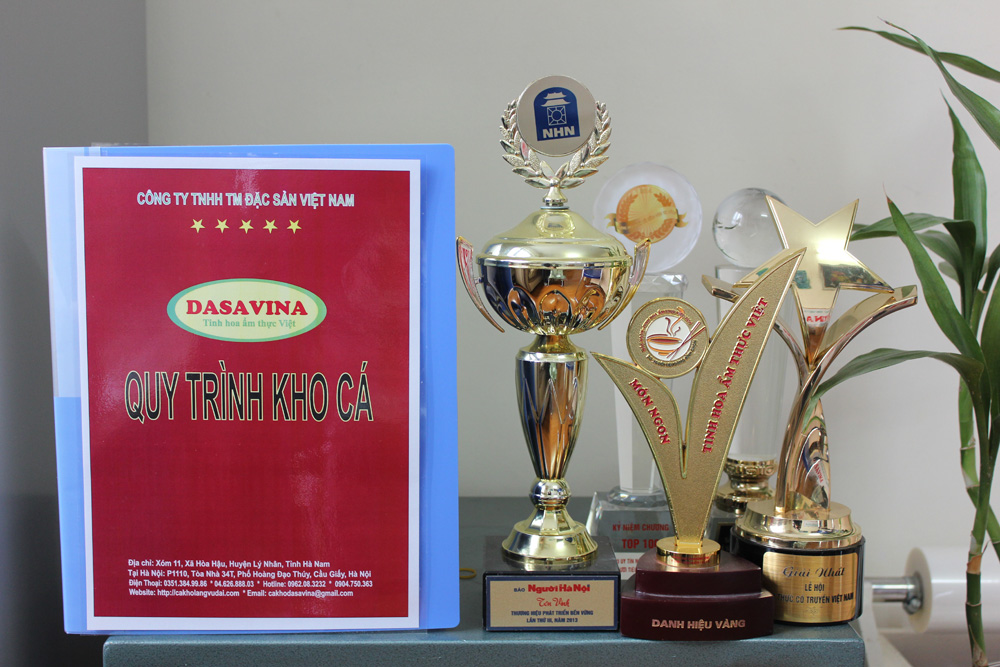 Dasavina đạt nhiều danh hiệu cao quý