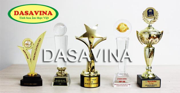 Cá kho Bá Kiến của DASAVINA nhận được nhiều danh hiệu, cúp do tổ chức uy tín và người tiêu dùng bình chọn