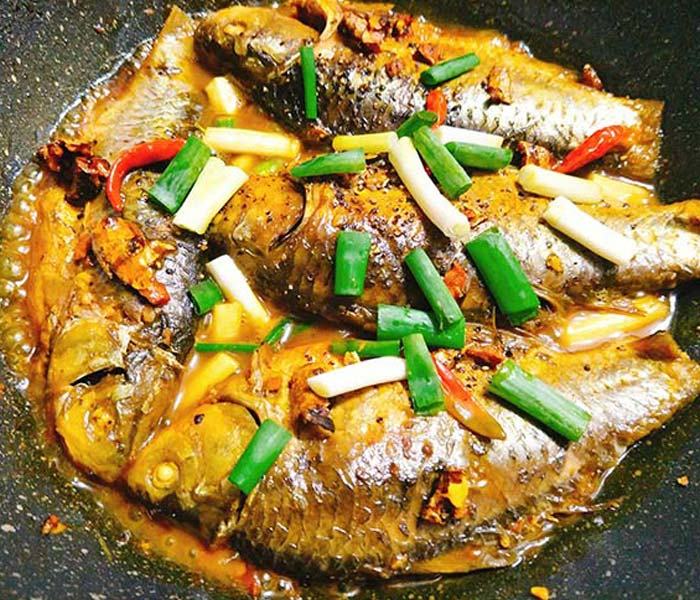 Thưởng thức món cá kho nghệ thơm ngon, bổ dưỡng