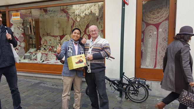 Điểm dừng chân tiếp theo của món cá kho Bá Kiến là Czech