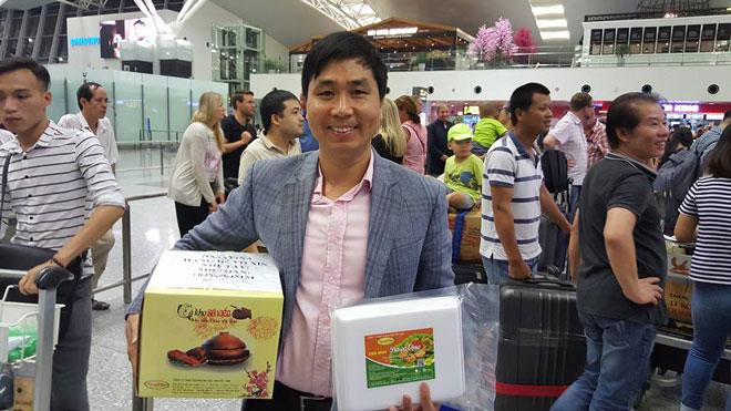 Anh Nguyễn Bá Toàn - Giám đốc công ty DASAVINA và hành trinh đưa món cá kho Bá Kiến, chả mực Hạ Long sang các nước trên thế giới