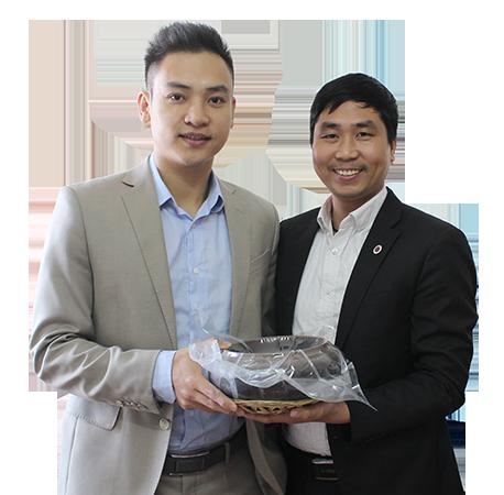 Duy Khoa gửi lời chúc đến công ty DASAVINA của anh Nguyễn Bá Toàn
