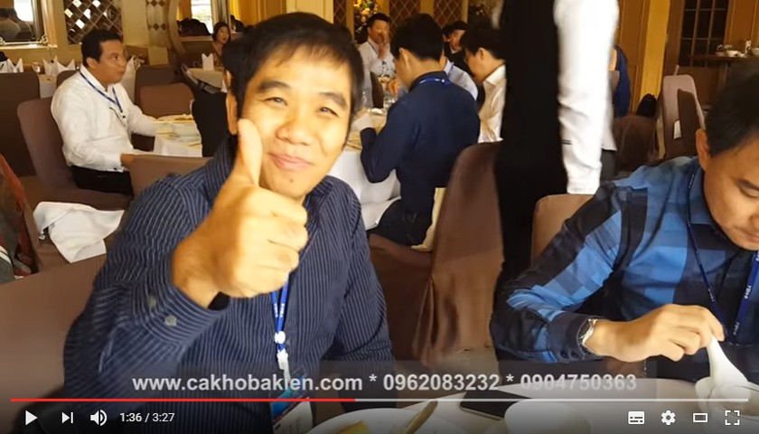 Thực khách Thái Lan đánh giá cao món Cá kho Bá Kiến của Việt Nam