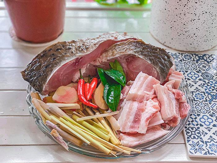 Nguyên liệu chính để có món cá kho nồi điện thơm ngon đúng điệu